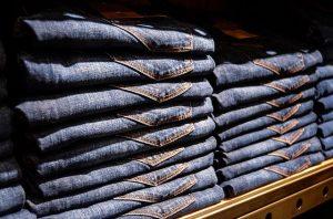 מדיפים לחנויות בגדים